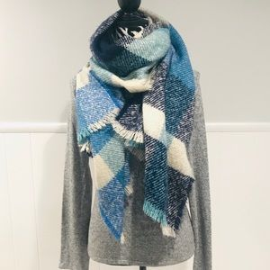 Lucky Brand Blanket Scarf